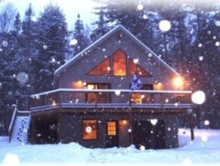 2M to Sunday River, Modern Comfort Chalet, Sleeps 10