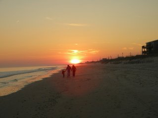 Topsail Island Beautiful, Beachfront Condo!