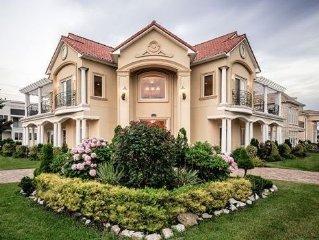 Luxury Mediterranean Mansion - Ocean Views, 3rd House From The Beach, Sleeps 22!