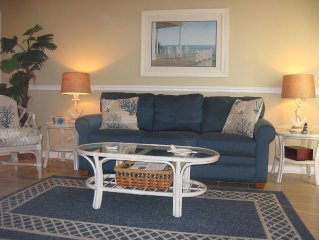 RELAX IN UPDATED ST. SIMONS ISLAND CONDO!