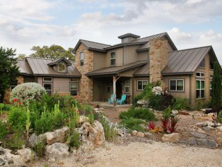 Private Getaway , Within An Hour Of Downtown San Antonio, Fiesta  TX  &wineries