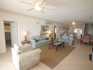 Great Spacious two bedroom, two bathroom beachfront condominium