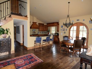 Stunning 3BD/2BA Home Just 30 Minutes To SF And 20 Minutes To Wine Country