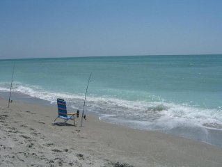 Charming Captiva Cottage with private pool, 300 steps from beach