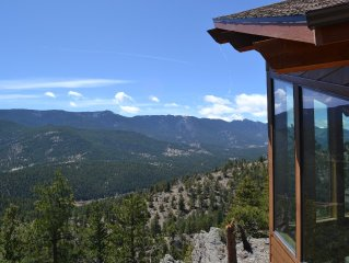 Special For New Bookings. Beautiful House Overlooking Lost Creek Wilderness