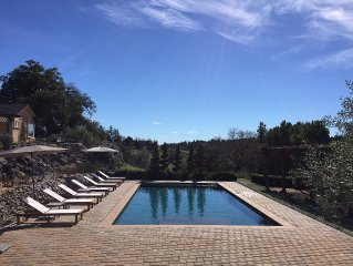Private 3 Bed + Cottage Wine Country Estate With Pool And More