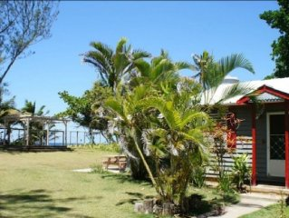 Casa Lorraine- On Sandy Beach! Private Beachfront Cottage With Huge Gated Yard