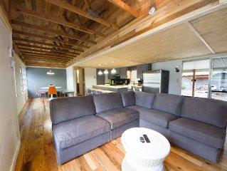Designer Lake House - Newly Renovated