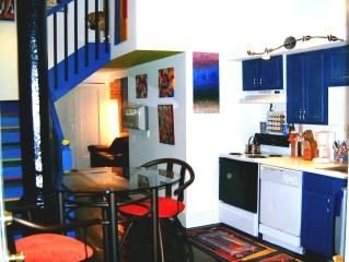 The Gallery Getaway in the Heart of Historic, Riverfront Wilmington!, vacation rental in Wilmington