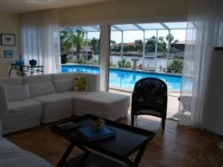 WOW! Great Pool and waterfront! Home of pool & sunshine, near private beach!