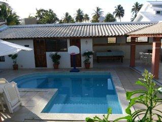 6 suites climatizadas em casa com piscina no melhor de Guarajuba - 50m da praia