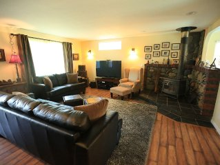 GORGEOUS SONOMA 6BR RETREAT with POOL and SPA!