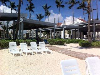 Playa Turquesa beach facilities