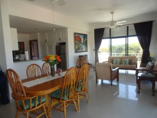 Beautiful 2-BR 2-BA Apartment with Swimming Pool, Jacuzzi near Beautiful Beach