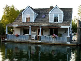 Stay in a Float Home on the Coeur d'Alene River