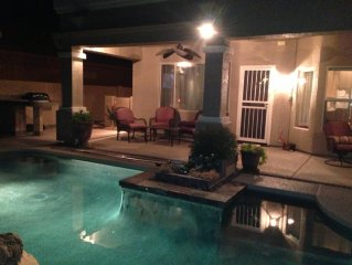 Chandler Home - Golf, Private Pool & Spa, Mountain View, Gated Community