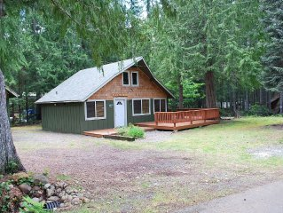 Cozy cottage at Lake Cushman