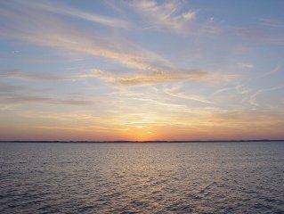 Perfect Sunsets - Direct Bay Front Condo - Fish/Boat/Sunbathe