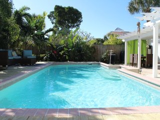 Charming Beach Home-with a large, Private Pool -3 Houses to the Beach!!!