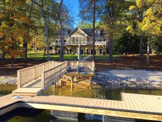 New Lakefront Home - Sleeps 16 - Dock, Hot Tub, Theater Room, Game Room & Linens