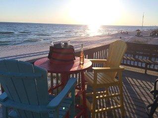 FantaSea Beach House! A Private Home. The beach is your back yard! Sleeps 14!
