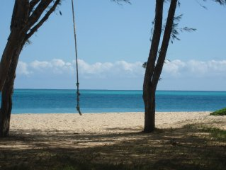 WALK TO BEACH !!!  Sleeps 6, (see #3544241 studio to sleep 2 more + 2nd  bath)