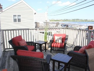Gorgeous Condo For Rent On Long Sands Beach