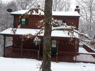 Justa Cabin | Blue Ridge Mtns | Peaceful Getaway | Mins from Lake Nottely!