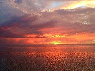 Loveladies Bayfront (walking Distance To The Beach!)