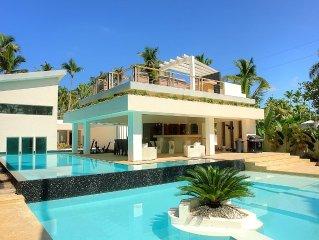VILLA SOFIA - Luxury & design beachfront vacation home - Underwater bedroom !