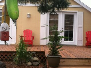 Columbia Cove Cottage: Relaxing 2 Bedroom 1 Bath At The Beach & Attractions