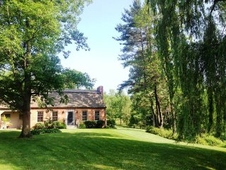 Designer's Home In Idylic Country Setting, Near Hudson, Chatham & The Berkshires