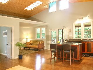 Hawi peaceful, spacious Garden Cottage-your tropical home away from home