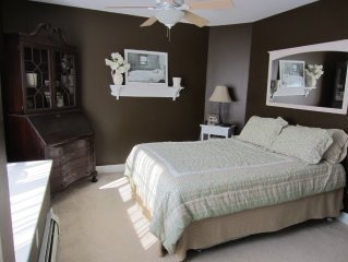 Attractive and comfortable accomodations in a charming New England village.