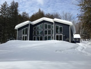 Private Cottage on Lake of Bays in Beautiful Muskoka