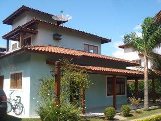Casa em condomínio fechado de alto padrão ao lado da praia!