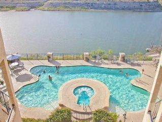 Gorgeous Lake Travis View Villa 2