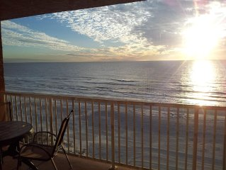 SALE AUGUST $ 699 TOTAL weekly rate Holiday Villas Direct 5th floor Gulf Front