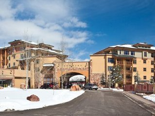 Ski in - Out Condo at Canyons Resort