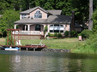 Wildcat Lake Vacation Home. 117' of Waterfront.  Sleeps 10+