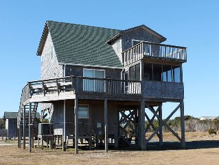 Oceanside 3 Bedroom, 2 Bath Cottage With Excellent Ocean & Sound Views