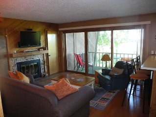 Snowshoe Condo In A Peaceful Location With A Great View!