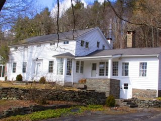 One Of The Best Houses In Woodstock (Great for Catskills Skiing)
