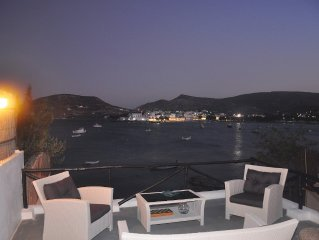 Exceptional villa 82m2,direct access to sea,overhelming view to sunrise and sea