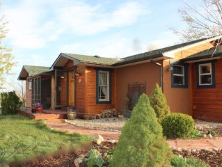 Rural Setting, Mountain Views, near Estes Park, Boulder and Ft.Collins