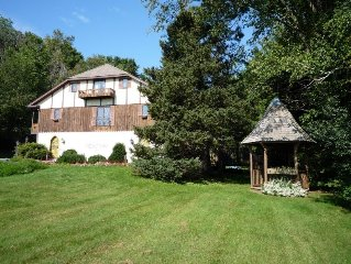 *** Your Own B&B with babbling brook***