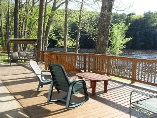 Where Friends & Rivers Meet...Waterfront home 10 miles from Lake George