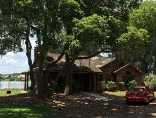 Disney Lakefront Private Home, Peaceful Hideaway, Beautiful View Natural Setting