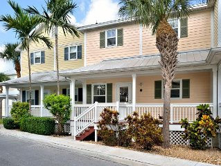 """CASA DE VINO"" ~ Excellent Price for an Amazing Townhouse with Pool & Tiki!"