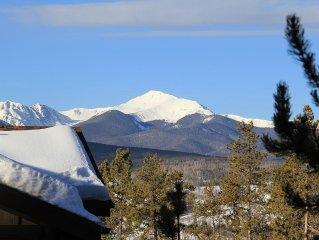 Mountain Retreat w/ Private Sauna, Sleeps 8, 3 Full Baths!